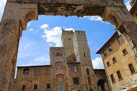 san-gimignano-the-towers-01-travelmapitaly.com